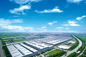 南山鋁業:持續提升高端產能 擴建10萬噸汽車輕量化鋁板生產線